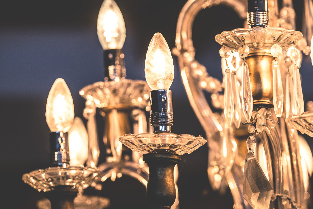 how to decorate a chandelier for a party